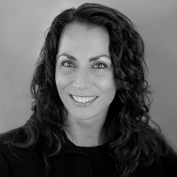 Maria Quintero Hinshaw (USA)